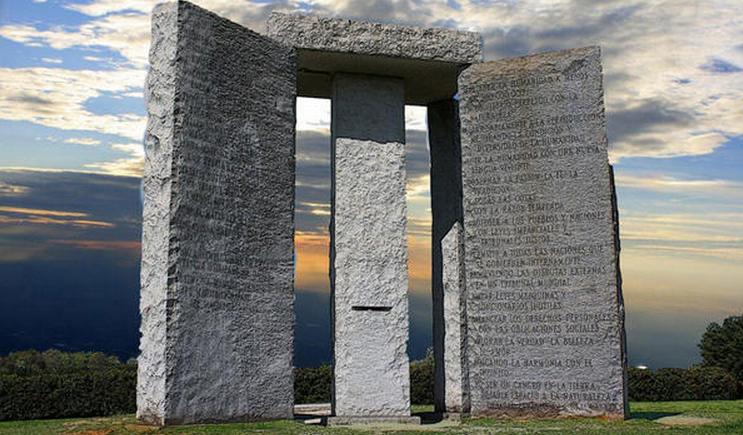 Картинки по запросу памятник в штате джорджия