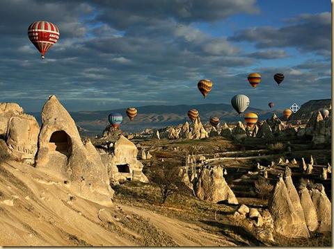 Balloons in  Cappadocia EYEONCITRUS.COM